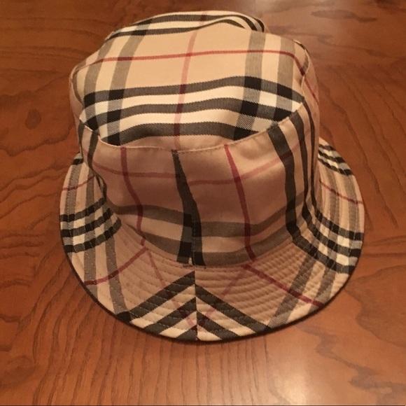 8a6c3cb62 Women's Burberry Bucket Hat